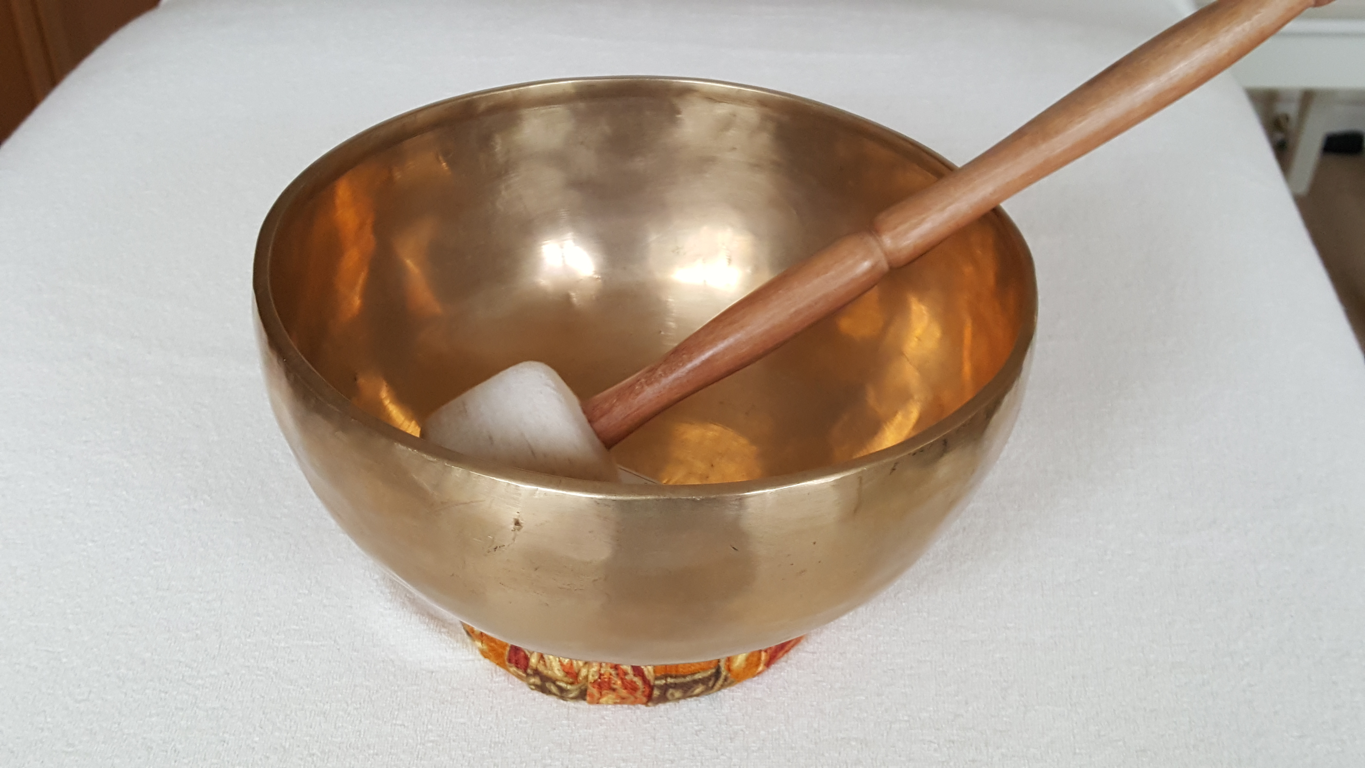 Singing bowl therapy room Cheryl Colpman Holistic Health Practitioner